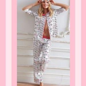 VS Logo Pajama Set